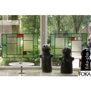 Moderne raamhanger gemaakt van Mystic glas, en kleine details transparant glas voor een verrassend effect.