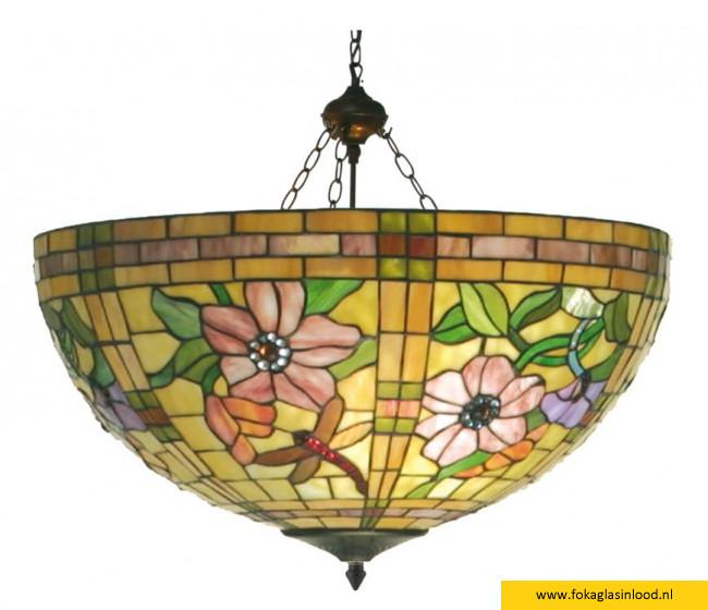 tiffanylamp plafondlamp garden