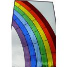 Kleurrijk Tiffanyraam van een regenboog gemaakt met Waterglas.